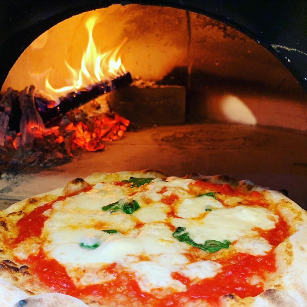 Aozora Pizza |朝霧高原あおぞらピッツァ