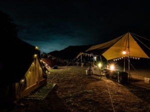 【寄稿記事】知る人ぞ知る、西湖の老舗キャンプ場で秋キャンプしてきました!